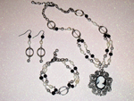 Black and White cameo jewellery set