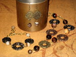 Sardonyx and Metallic Circles Jewellery Set